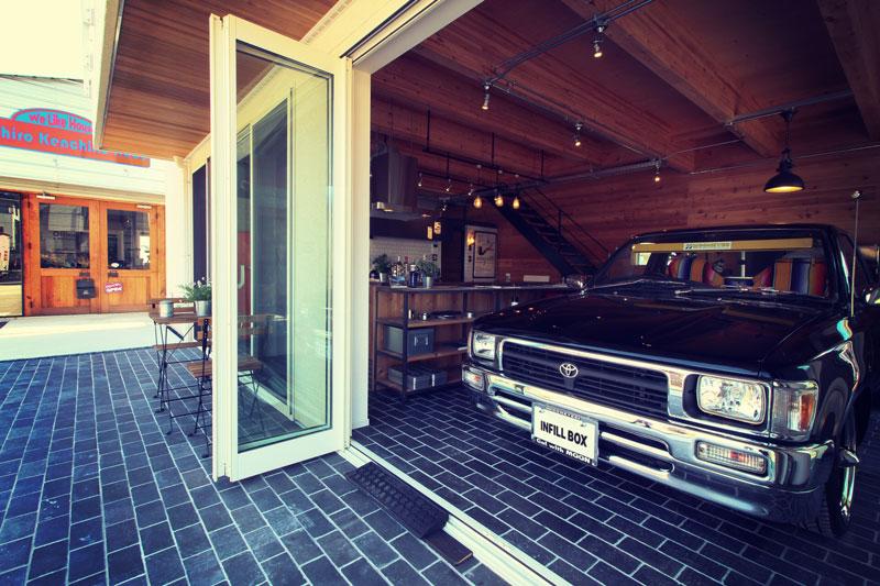 ガレージハウスとハイラックス